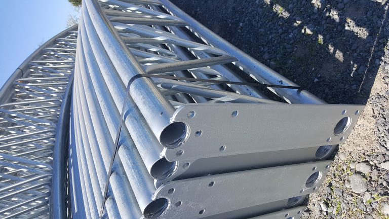 Galvanized-Pipe-In-Line-End-Use-Trusses2
